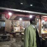 福岡の牡蛎小屋を見学する新谷社長